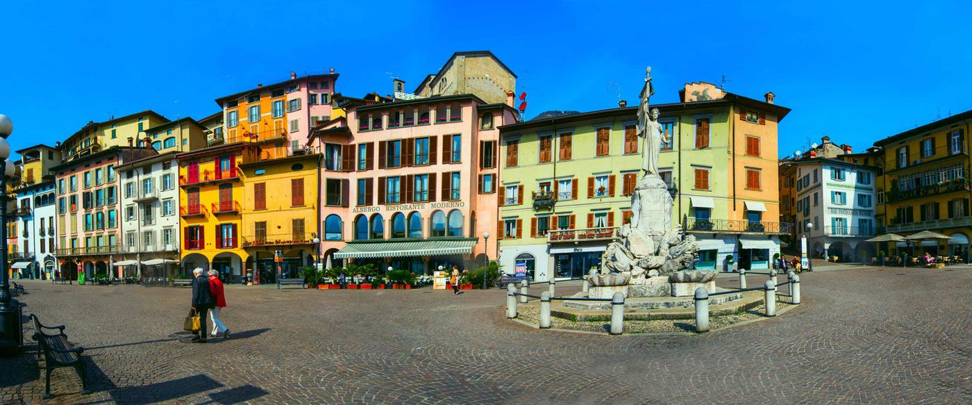 Piazza del Porto di Lovere